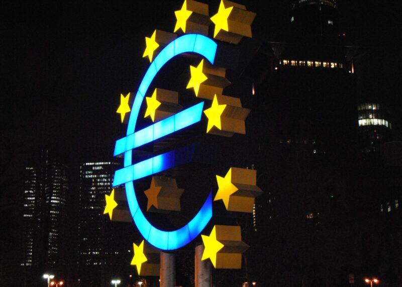 El management de la UE por millonarios